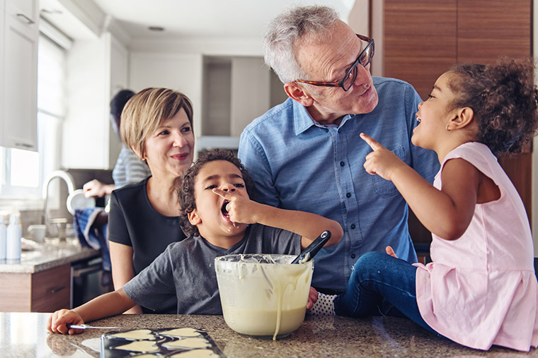 grandparents-cooking-with-kids